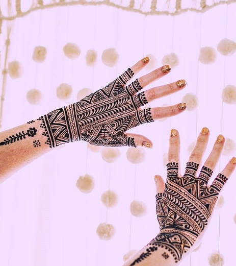 bridal-mehendi-designs-2018-geometric