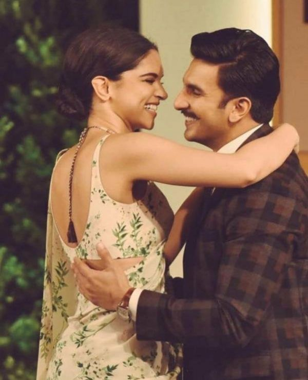 2-DeepVeer-wedding-reception-invite-deepika-ranveer-hugging