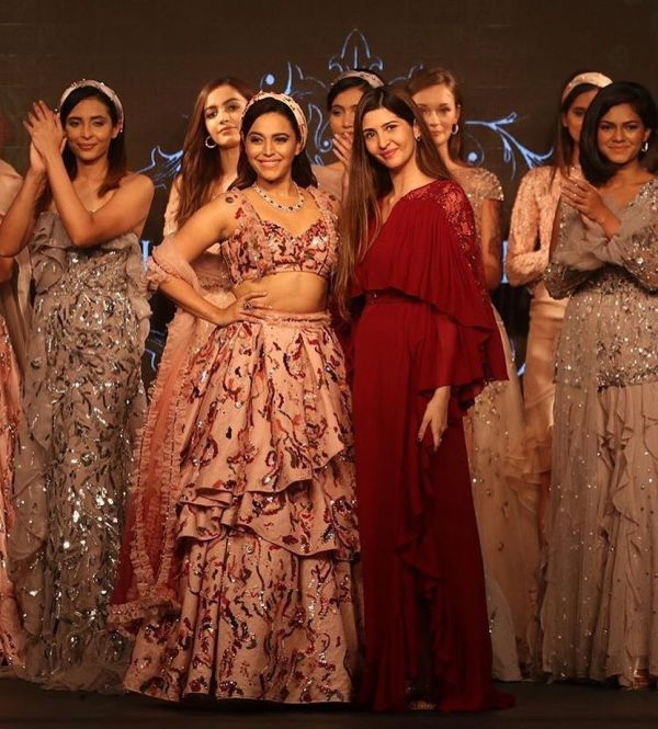 5-swara-bhasker-with-ohaila-khan-in-goa-as-showstopper