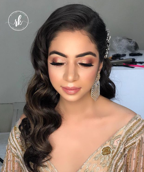side-parting-curls-hairstyle-for-reception