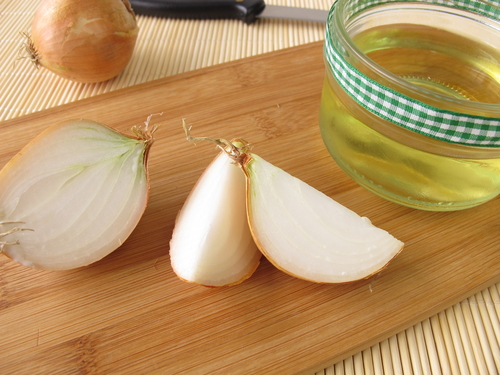 onion-juice-for-dark-spots