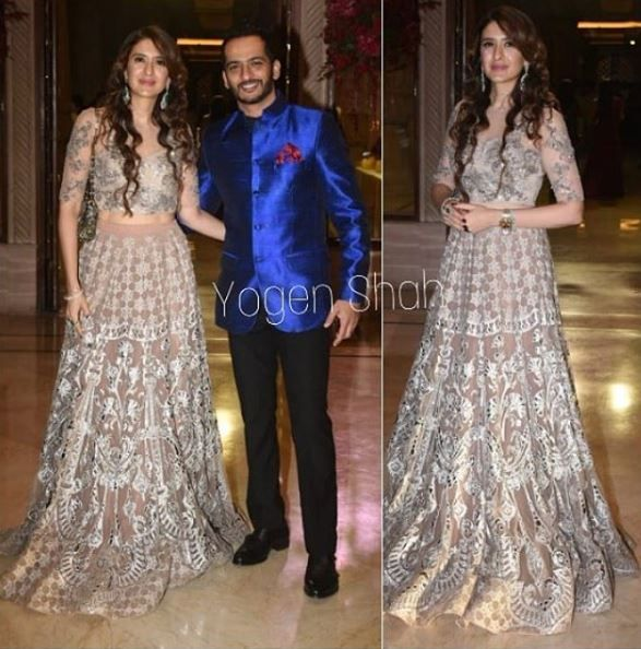 4-deepveer-reception-guests-pooja-makhija