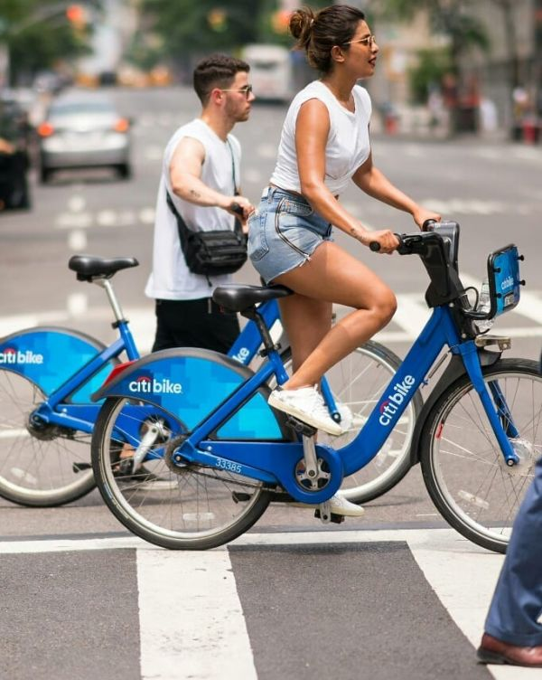 2-NickYanka-Candid-Pics-cycling-in-new-york