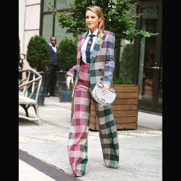 7-janhvi-kapoor-blake-lively-in-checkered-pantsuit
