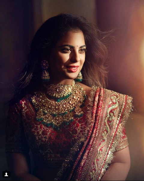 Isha Ambani Sabyasachi Lehenga Close Up