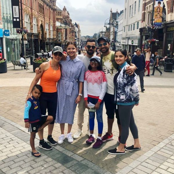 3-anushka-virat-holiday-in-australia-anushka-holiday-in-london