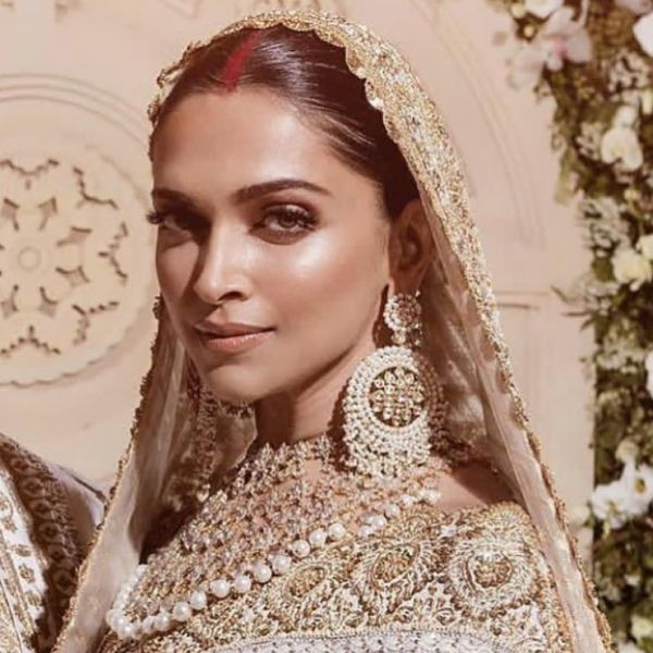 deepika-wedding-bronzed-glow