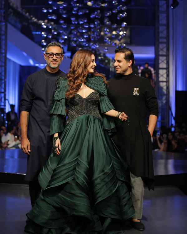 shantanu-nikhil-india-best-fashion-designers