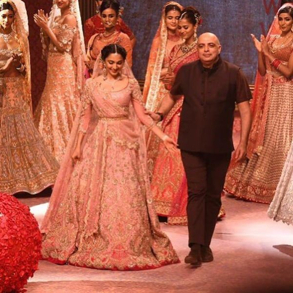 tarun-tahiliani-india-best-fashion-designers