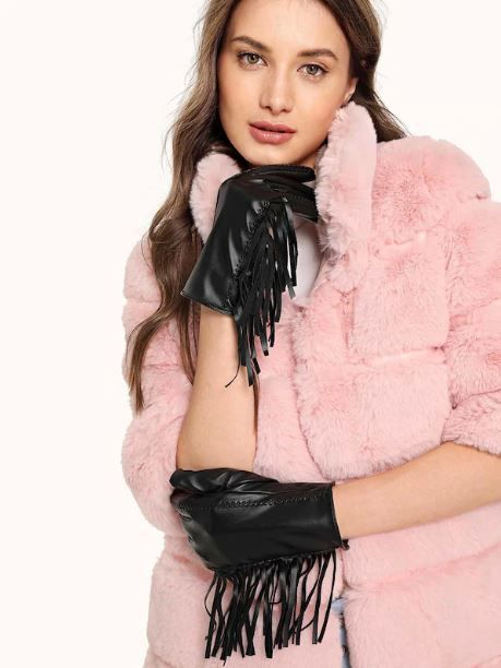 1-shein-fringe-gloves-winter-accessories