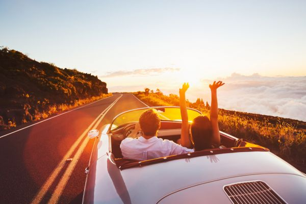 date ideas for couples-outdoor date-roadtrip