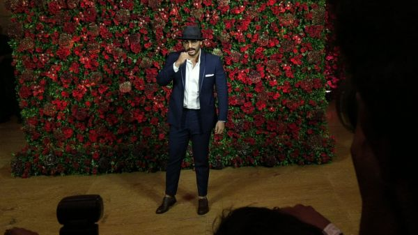 Bollywood celebs at deepveer reception - arjun kapoor