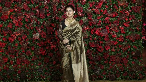 Bollywood celebs at deepveer reception - lara dutta