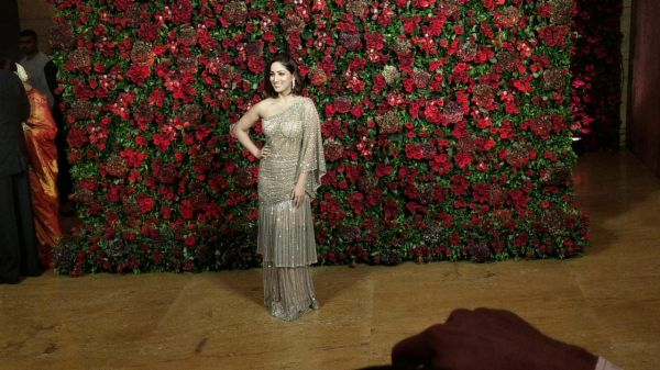 Bollywood celebs at deepveer reception - yami gautam
