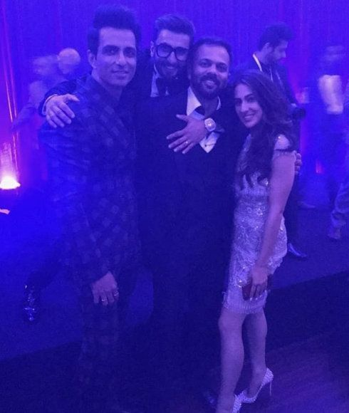 7-All-The-Moments-You-Wouldn't-Want-To-Miss-From-Deepveer's-Bollywood-Reception