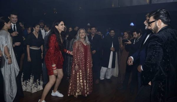 3-deepika-padukone-dancing-in-sneakers-at-wedding-reception
