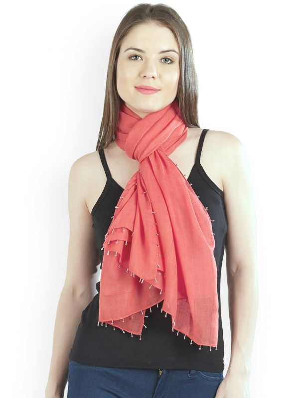6-pantone-colour-of-the-year-Women-Coral-Solid-Stole