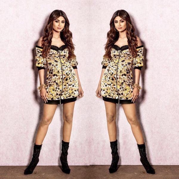 2-shilpa-shetty-leopard-chain-print-dress