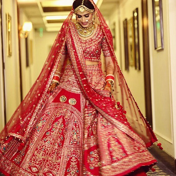 beautiful-real-life-brides-red
