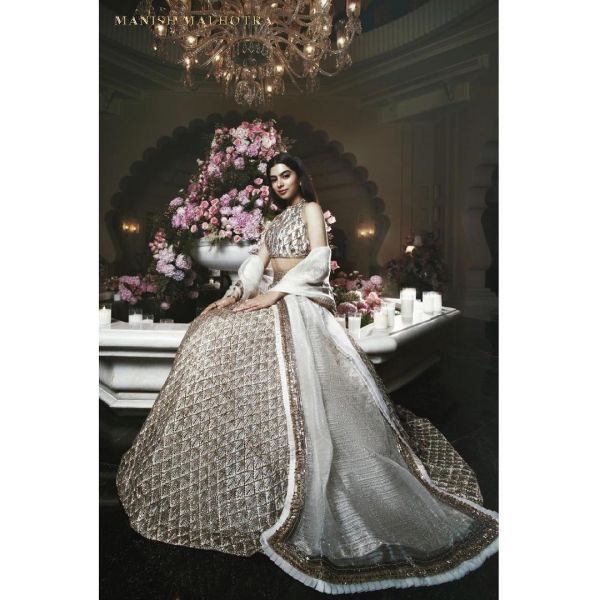 1-khushi-lehenga-ambani-wedding