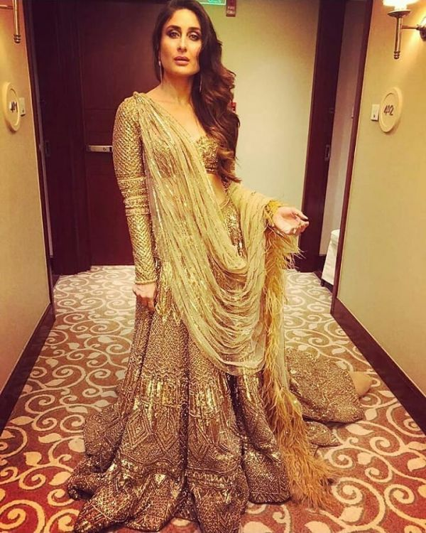 best-lehengas-2018-kareena-kapoor-khan-golden
