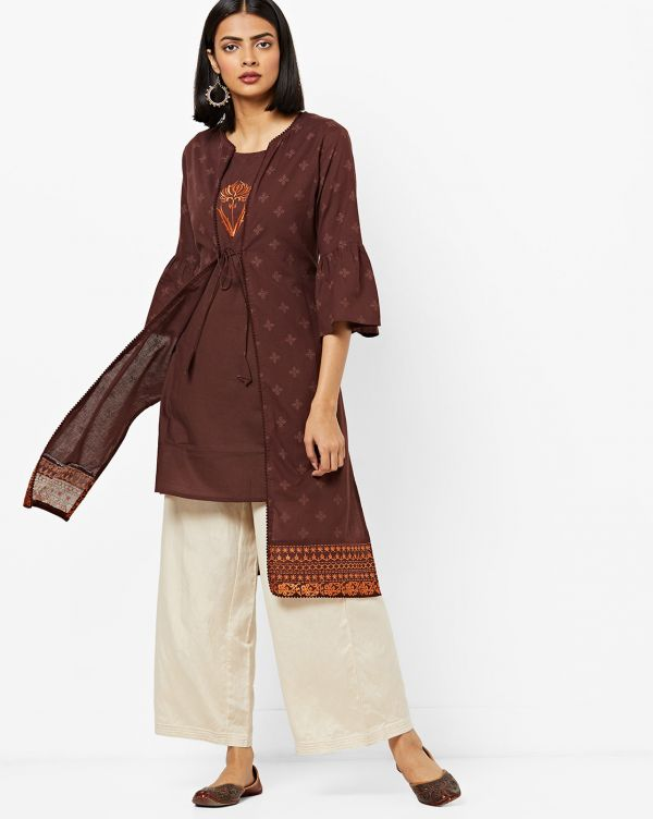 14-neck-designs-for-kurtis-Kurti-With-A-Jacket