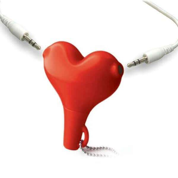 37 valentine's day gift for boyfriend - Heart Audio Splitter