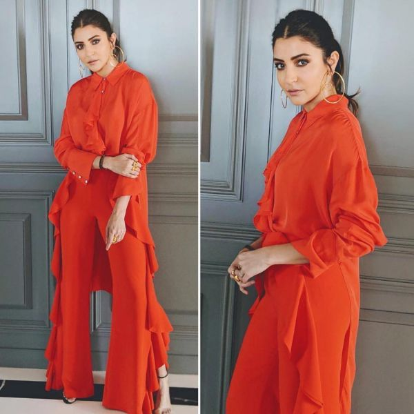 2-solid-colours-anushka-sharma-orange-outfit