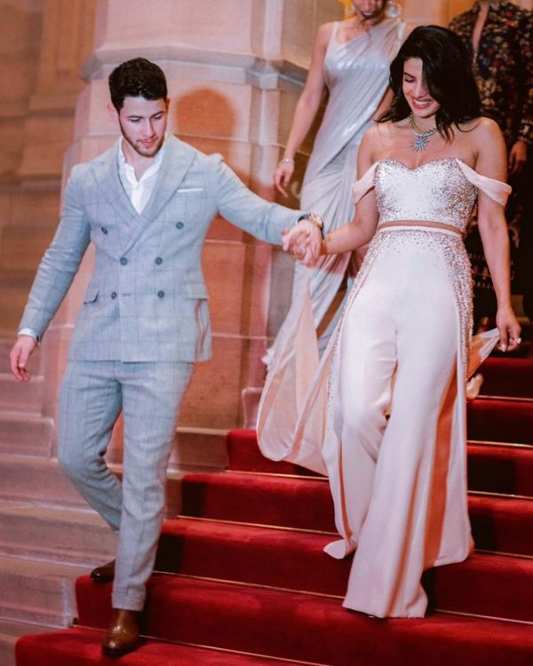 1-priyanka chopra-wedding-peach-sequin-nye