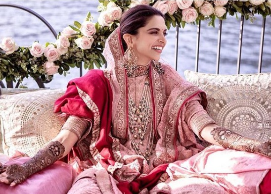 8-All-the-outfits-Sabyasachi-designed-for-Celeb-Weddings-in-2018