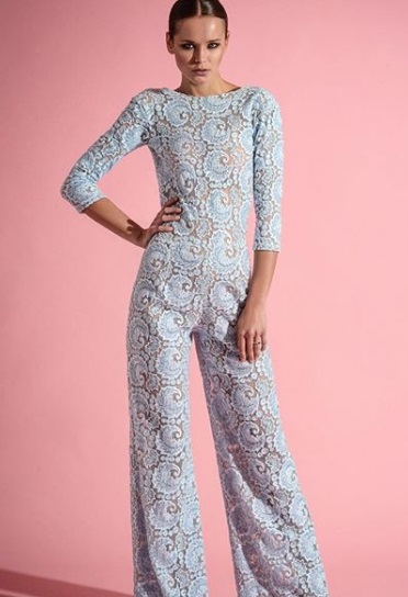 15-How-To-Wear-Jumpsuits-Lace