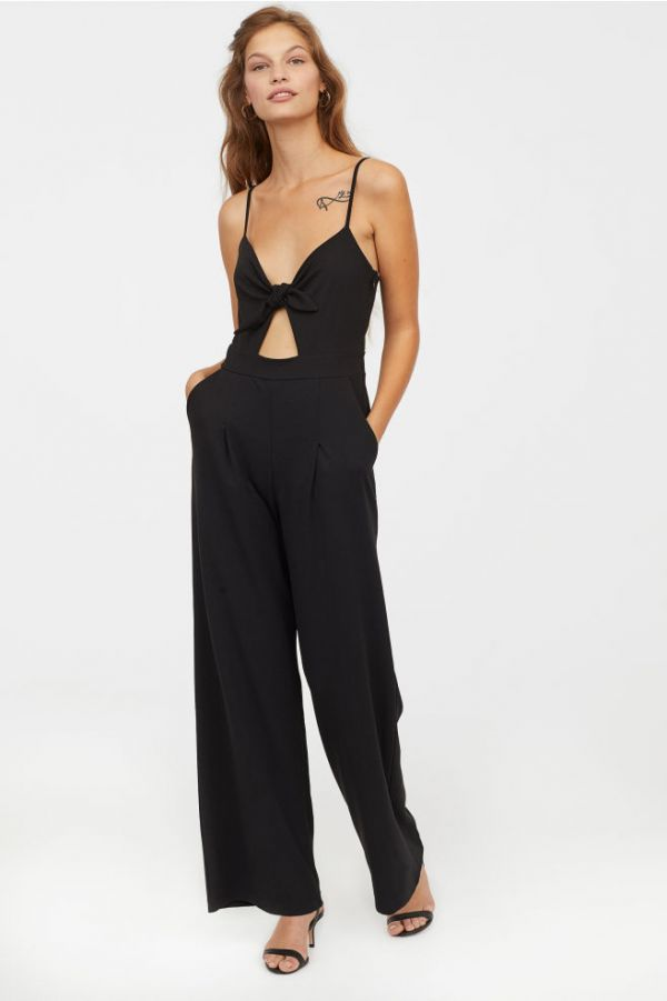 21-How-To-Wear-Jumpsuits-Summer