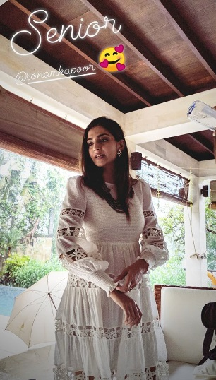 5-Sonam-Kapoor's-Latest-Instagram-Offering-Is-Picture-Perfect-But-Don't-Miss-Her-Dress!