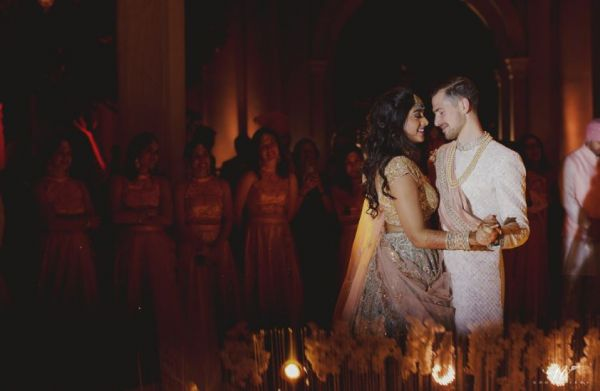 ashna-brett-wedding-first-dance
