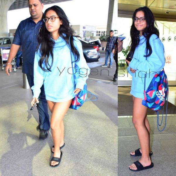 3-nysa-devgan-blue-sweatshirt-as-dress