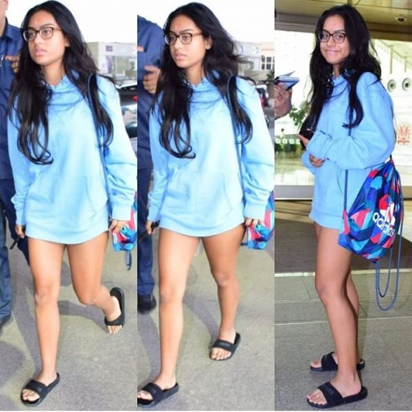 4-nysa-devgan-sweatshirt-dress-at-airport
