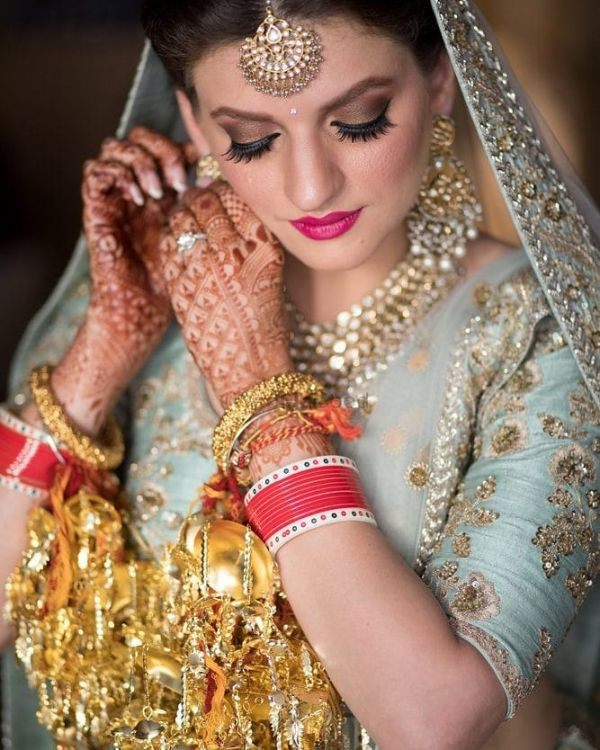 bride-flaunting-engagement-ring