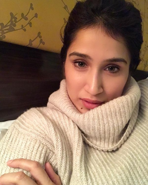 Sagarika Ghatge Has A Super Strong Selfie Game- Off white sweater