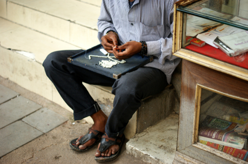 13- best things to do in hyderabad-jewellery-pearl-market