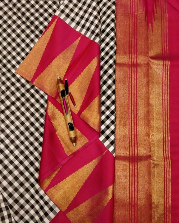 A black and white gingham check saree with korvai temple border.