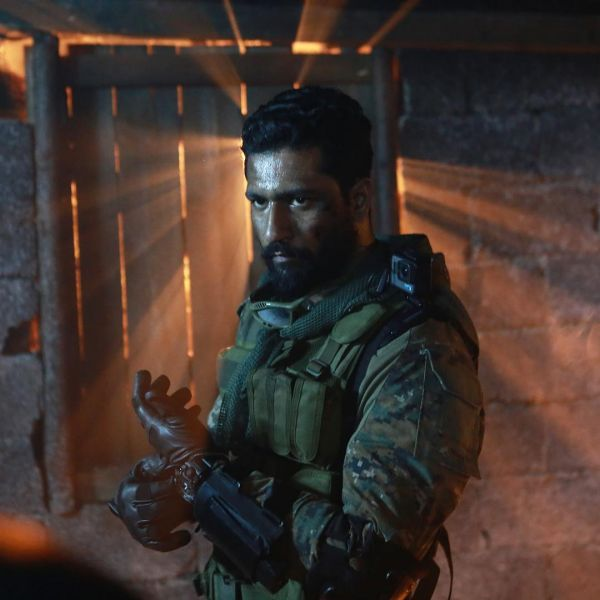 uri movie review - vicky kaushal 03