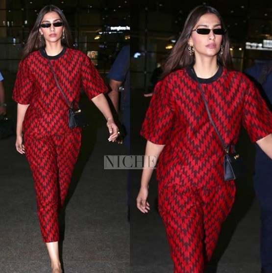 1-Woven-Pants- -Tee-Are-A-Thing-Now-All-Because-Of-What-Sonam-Kapoor-Wore