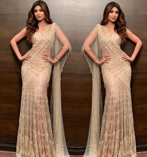 2-Stop-Everything-Now-Because-We-Have-The-Perfect-Saree-Types-That-Will-Have-You-Swinging