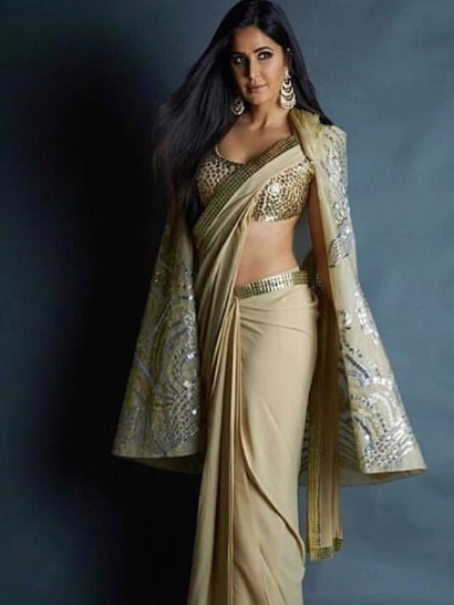 5-Stop-Everything-Now-Because-We-Have-The-Perfect-Saree-Types-That-Will-Have-You-Swinging
