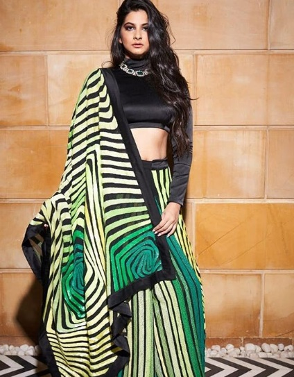 6-Stop-Everything-Now-Because-We-Have-The-Perfect-Saree-Types-That-Will-Have-You-Swinging