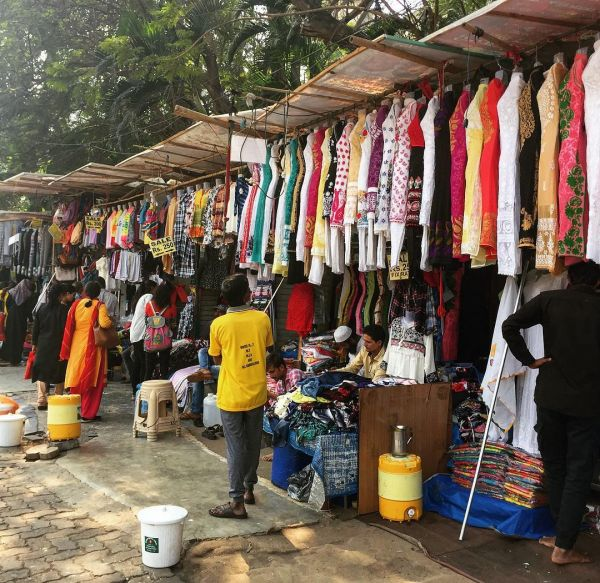 a7dcd82b3b Street Shopping In Mumbai - 8 Best Places For Bargain Shopping ...