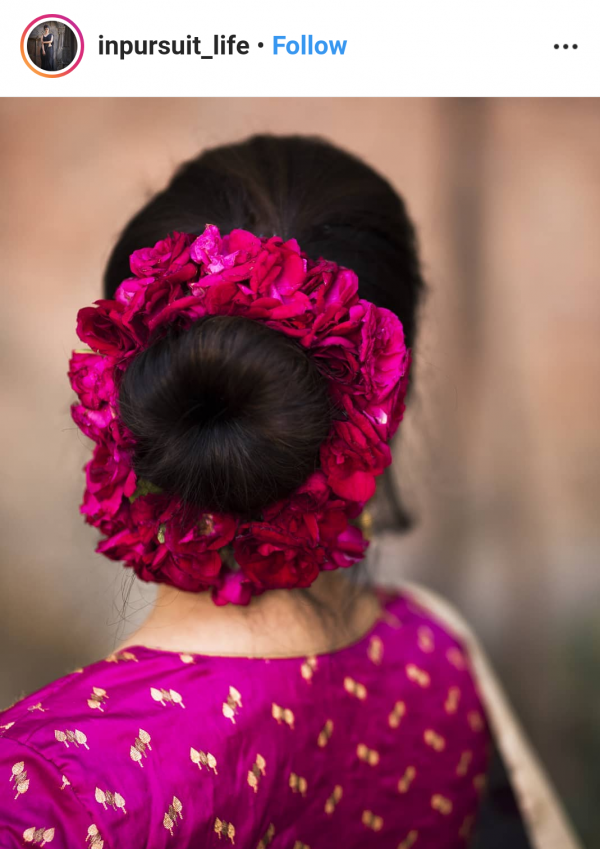 hairstyles-with-flowers-1