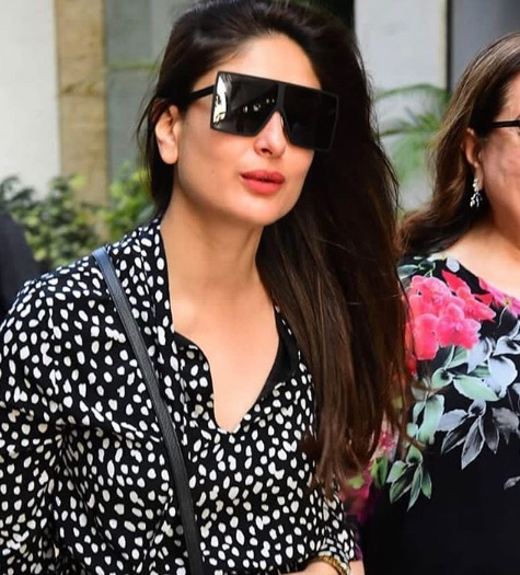 4-Kareena-Kapoor-Khan's-Latest-Outing-Is-A-Lesson-In-Fashionable-Dressing-For-All-The-Mommies