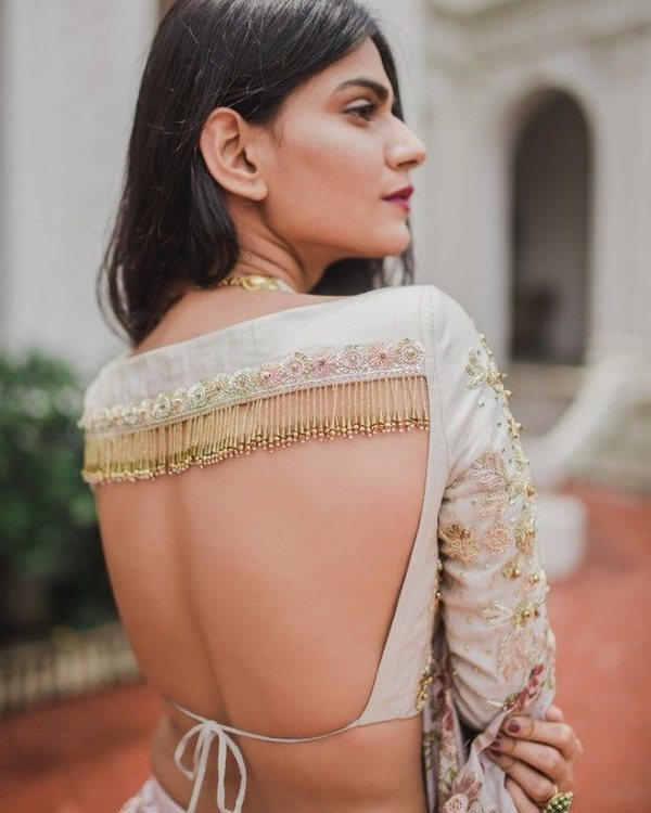 7-fringe-self-tie-saree-blouse-back-design