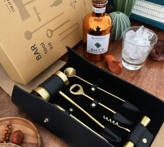 bar-tools-kit-gifts-for-fiance